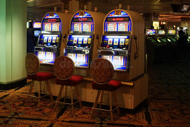 Tips For Applying Online Gambling To Leave Your Competition In The Dust