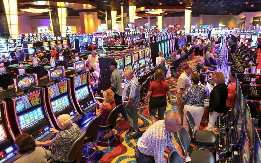 What The In-Crowd Won't Inform You About Casino